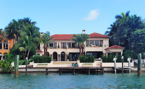 Waterfront homes for sale waterfront property palmetto fl for Big houses in miami